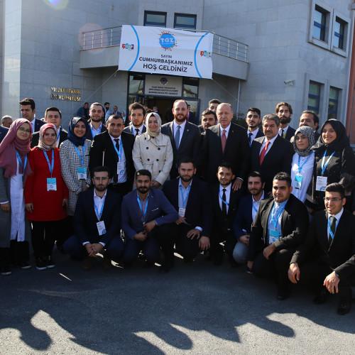 """Genel Başkan Yardımcısı Kaya """"Gençlerimizin özgürce yaşayacakları bir ülke inşa etmek için çalışıyoruz"""""""